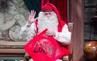 圣诞老人写春联.jpg