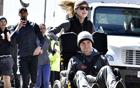 轮椅上跑马拉松.jpg