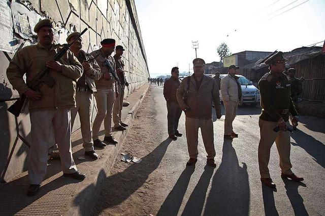 印度帕坦科特空军基地恐袭事件死亡人数升至7人