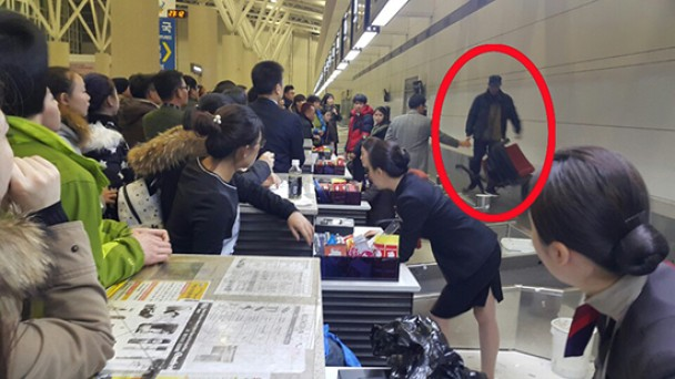 中国旅客大闹韩国机场 因寒潮延误航班