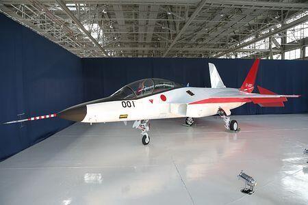 日本将先于中国装备隐形战机_日国产X-2隐形战机试验机首度亮相 或将于2月首次试飞- Micro Reading