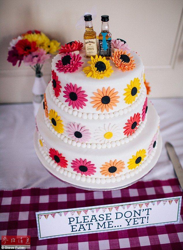 英国新娘DIY手工物品 婚礼节约近十万元