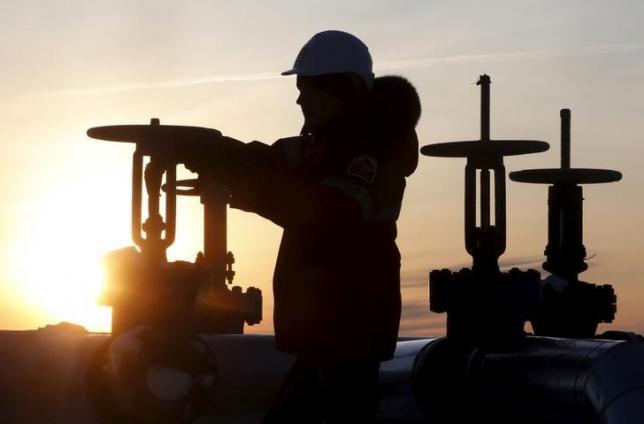 沙特等四大产油国达成产量冻结协议
