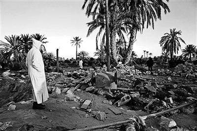 """美军空袭利比亚""""伊斯兰国""""训练营地 41人丧生"""
