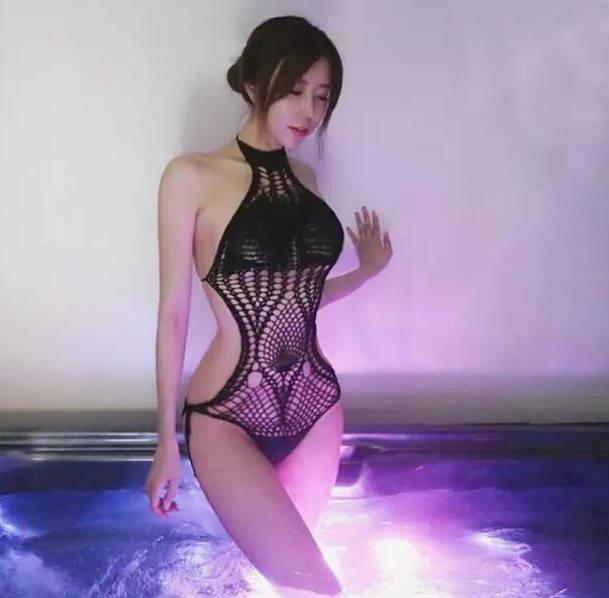 韩国女主播大长腿美女迷人颜值爆表偷看性感v美女图片