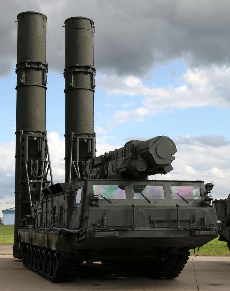 俄罗斯将于半年后向伊朗交付首批S-300防空导弹系统