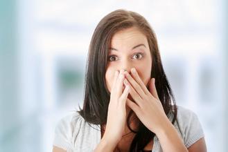 美国一教授规定女生一学期不剃腋毛可多拿学分