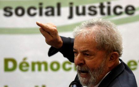 巴西司法部长提请最高法调查前总统 疑其涉嫌贪腐