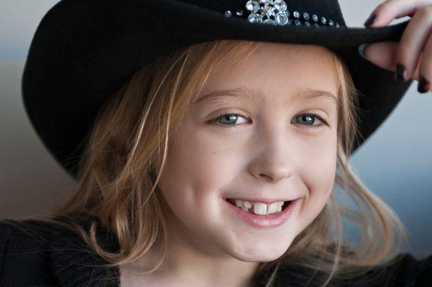 8岁女孩患乳腺癌 接受胸部切除手术