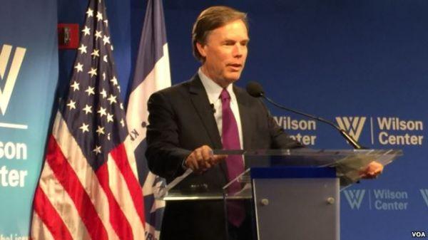 美国资深外交官:视中国为敌人将是严重错误