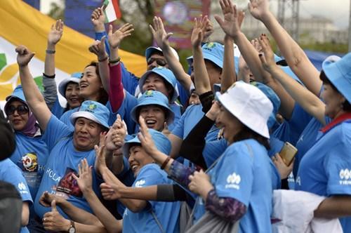 3000名中国游客同游西班牙创纪录 高素质获赞赏