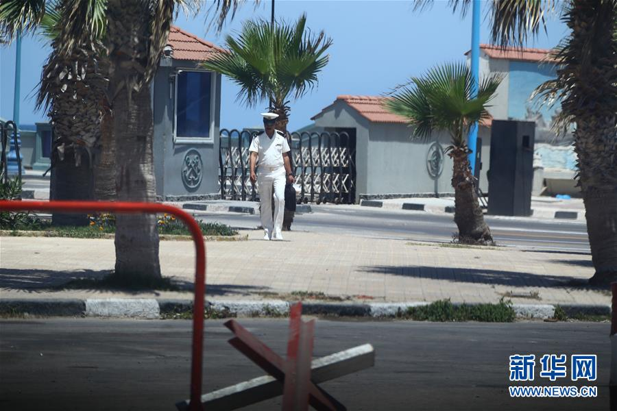 埃及军方宣布发现埃航失联客机残骸