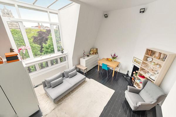 伦敦一公寓最窄处仅1.8米 要价862万元