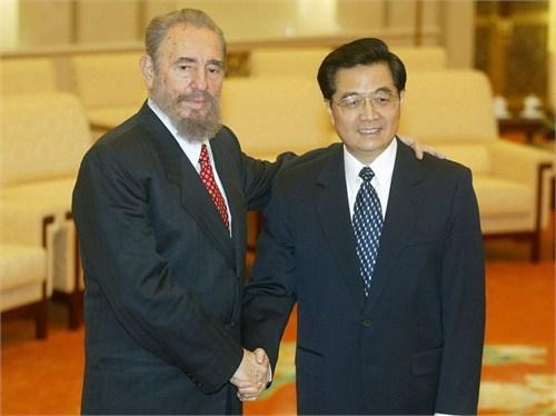 京人民大会堂,古巴总统菲德尔·卡斯特罗会见时任中国国家副主席胡