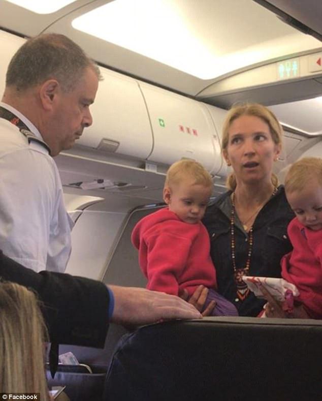 飞机起飞之前,机组人员和乘客就是否可以携带婴儿车