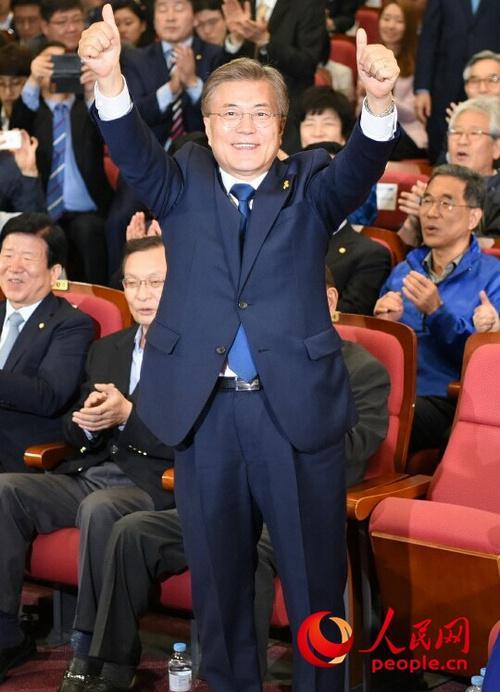 揭秘文在寅的韩国总统之路:从难民营到青瓦台