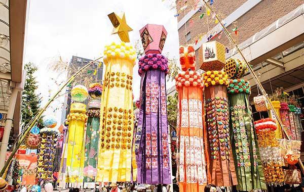 日本宫城县仙台七夕节开幕 三天会期预计吸引215万人游客