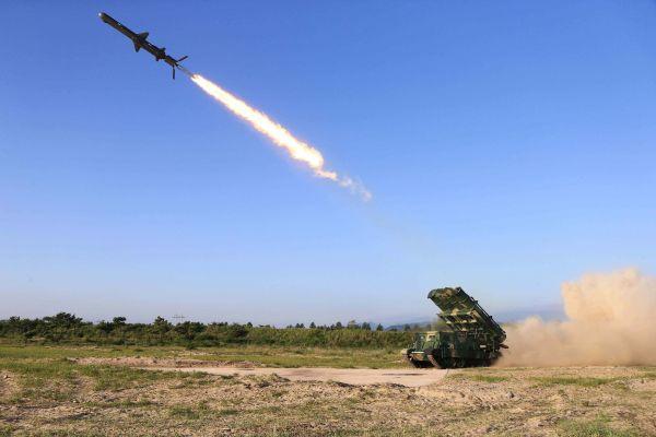 美国代理防长称朝鲜试射武器并非弹道导弹