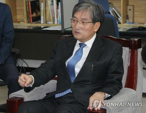 韩国大使称中国是亲人 但反复强调萨德不对华龙打一成语