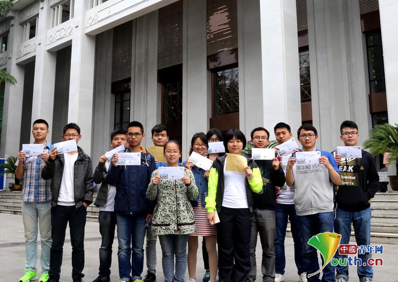 全民阅读青年先行 武汉高校大学生提议图书馆对外开放