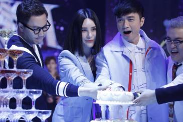 尚雯婕自曝偶像为bigbang 郑淳元调皮玩蛋糕