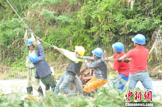 强降雨致福建多条江河超警戒水位 政和县紧急转移310人