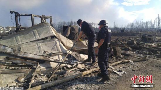 加拿大山林大火火势减缓 北部民众已全部撤离