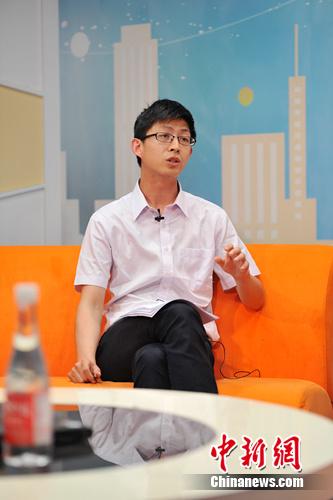 清华招办副主任:寒门学子毕业后和普通学生差距不大