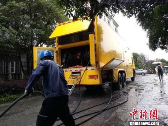 暴雨致阳朔平南两县大面积停电 多数受灾线路已复电