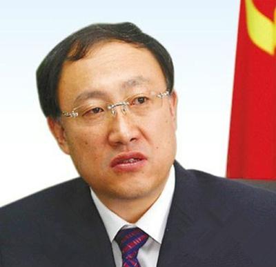 李小三、李邑飞任云南省委常委