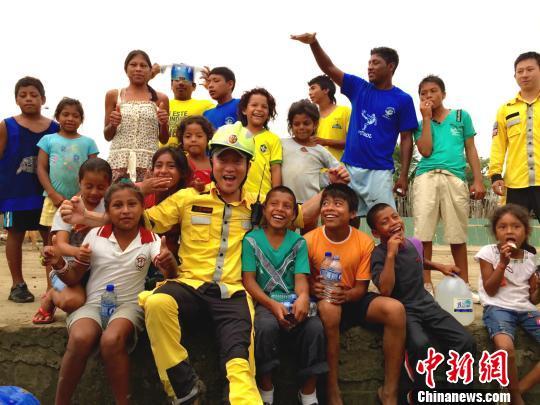 公羊队厄瓜多尔地震实录 无国界救援彰显中国大爱