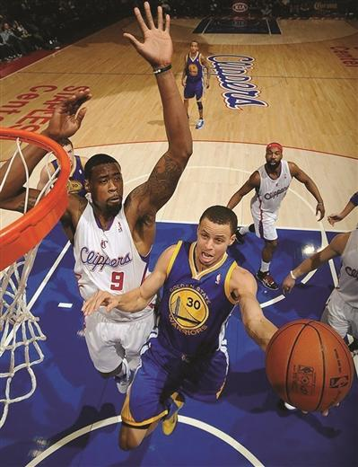 NBA西部决赛将上演 勇士胜面更大雷霆也非软柿子