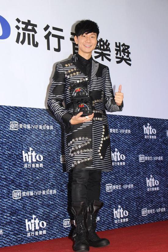 林俊杰夺歌王没压力 蔡健雅称要做疯狂事