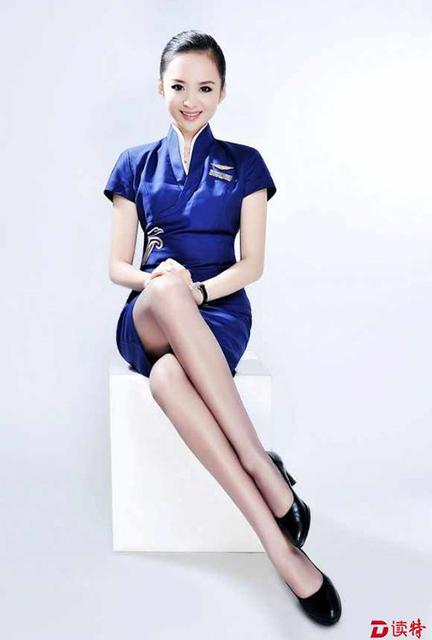 """深航空姐刘苗苗被评为""""世界十佳美丽空姐第一名""""图片"""