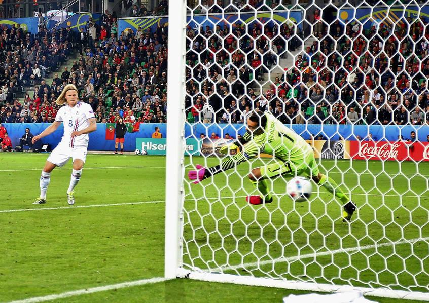 c罗哑火葡萄牙1-1冰岛:纳尼攻入欧洲杯第600球