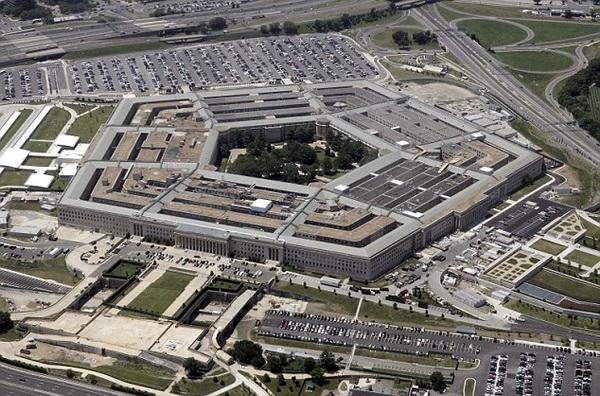 美国五角大楼。 网络资料 据美国媒体报道,美国军队将航行自由行动视为对过多主权声索的挑战,五角大楼拒绝就这次行动置评。这是过去一年中美国第四次针对中国进行航行自由行动,也是今年5月份以来的首次。 早在1996年5月,中国政府就公布了《关于领海基线的声明》,明确宣布了西沙群岛的领海基线。