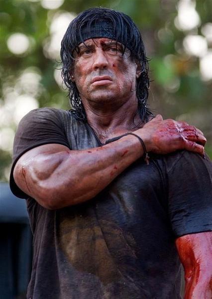 成人黄色电影人人碰_硬汉:他以成人电影出道却成肌肉猛男的开山怪