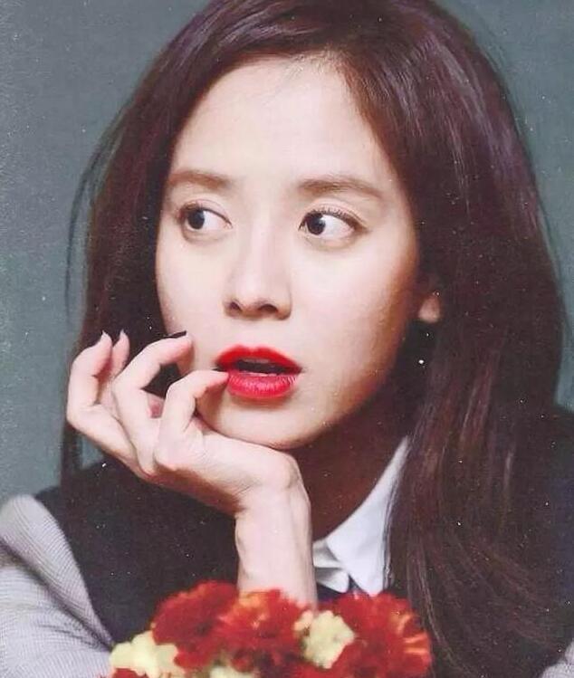 宋智孝是韩国的素颜女王