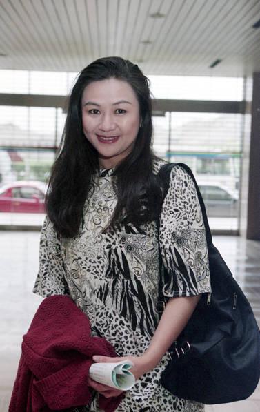 她是男生凑媸甲,林青霞闺蜜,如今突然病逝技巧搭配性感的服装图片
