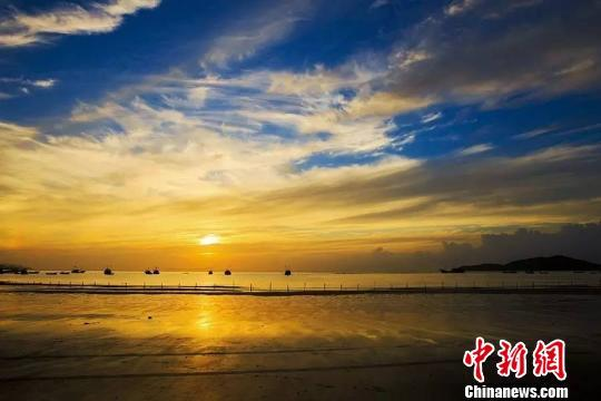 苍南县马站镇渔寮沙滩 苍南风景旅游管理局 供图