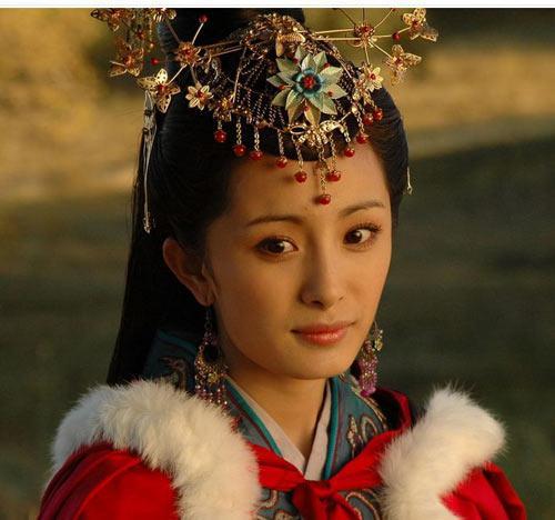 杨幂《三生三世》演技获赞 揭出道27年惊艳古装造型