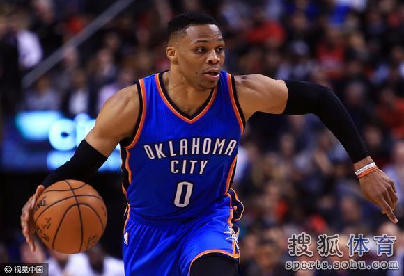 NBA官方MVP榜:哈登威少并列首位 詹姆斯升至