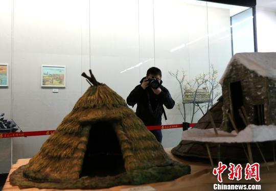 《赫哲印象——赫哲族渔猎文化雕塑绘画艺术展》开展