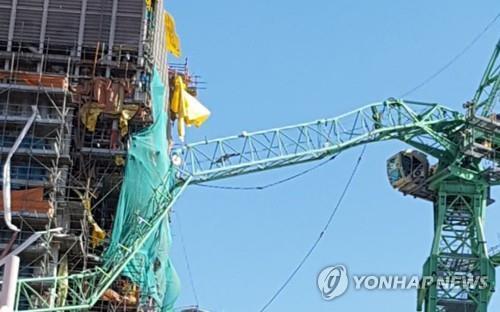韩三星造船厂起重机发生意外 6名工人丧生20余伤
