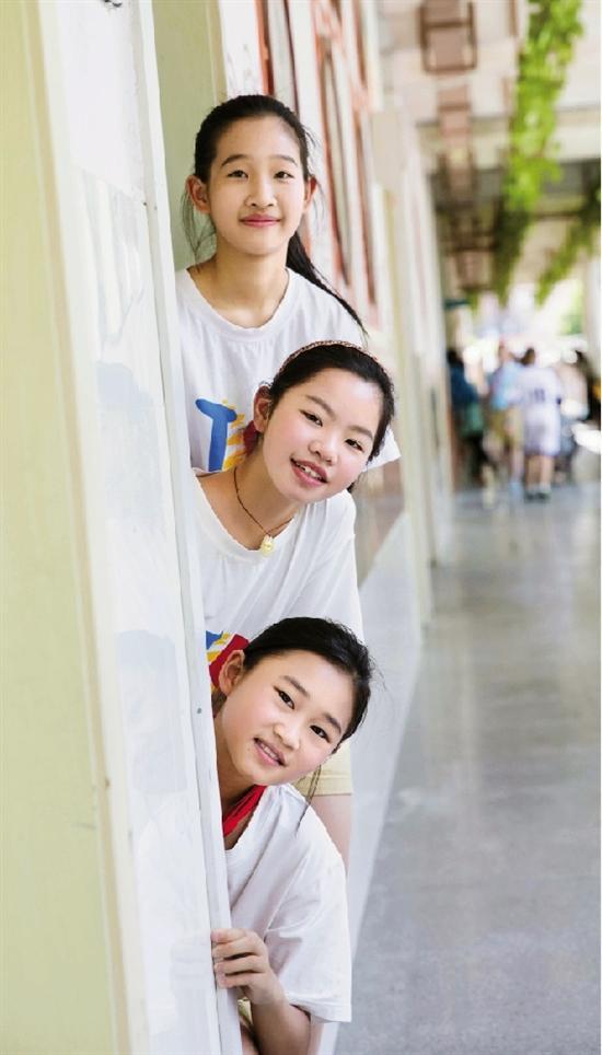小学生毕业照也很美会宁县回民小学图片
