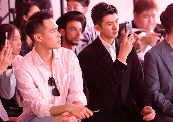 张云龙时装周第二站 黑白经典演绎魅力绅士