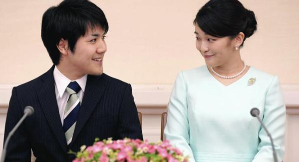 日本公主与平民订婚_谈未婚夫:他太阳般笑容吸引我