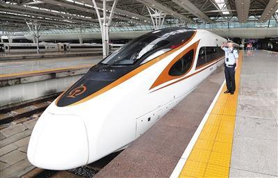 350公里 复兴号开启中国高铁新时速