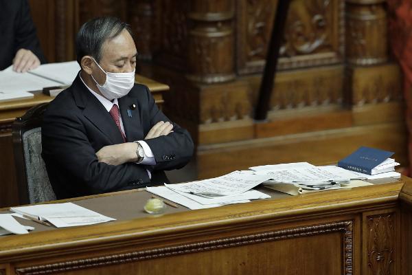 百事娱乐:菅义伟否认会率先打新冠疫苗:按规定顺