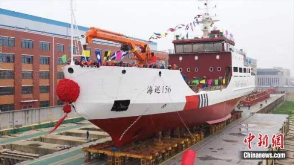 """百事娱乐:我国首艘有破冰功能大型航标船""""海巡"""